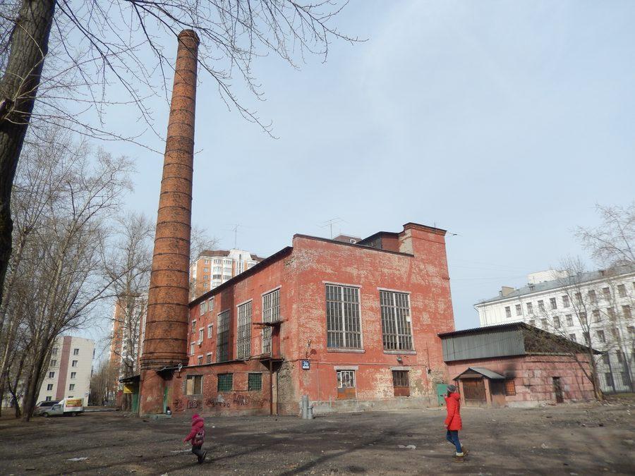 Мемориальный комплекс с арками и колонной Перово заказ памятника на кладбище Волоколамская